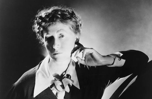 Holland Cotter Holds on to Holding On Upside Down, a Biography of Marianne Moore