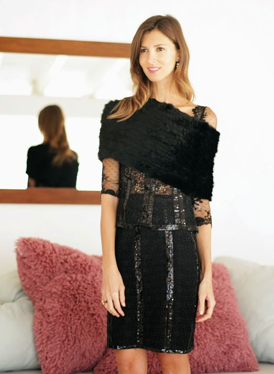 Gorgeous Christmas party look by Ibiza Rocks Me by Ana Vide with our Crystal collection  SHOP ONLINE:  http://www.charoruiz.com/es/producto/blusa-entallada/ http://www.charoruiz.com/es/producto/falda-lapiz/