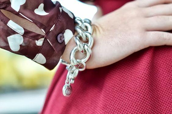 Blusa de Corazones. Ciclón #bracelet #jewellery