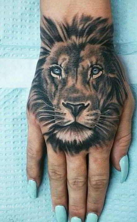 Imagen De Un Tatuaje De Leon Para Mujer Tatuaje De Leon En La Mano Tatuajes En La Mano Tatuajes De Cabeza De Leon