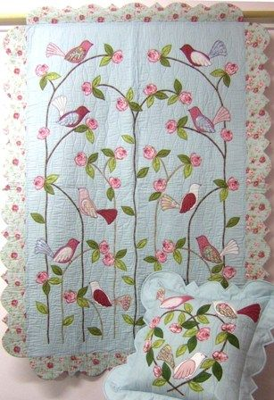 Love Birds Quilt - I haven't found a link or source for the pattern to this (yet) but I love the border edge.: