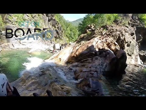 Get on Board schlägt sich in die Schlucht in Italien am Lago di Como mit…