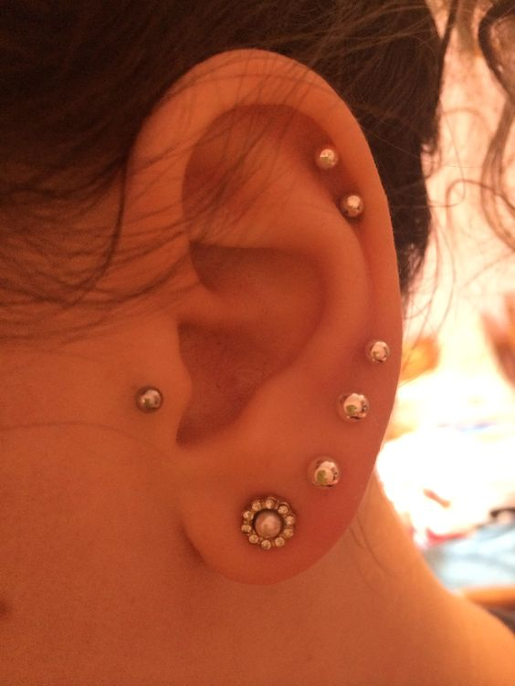30 Cute and Different Ear Piercings | Spikes, Tes and ...
