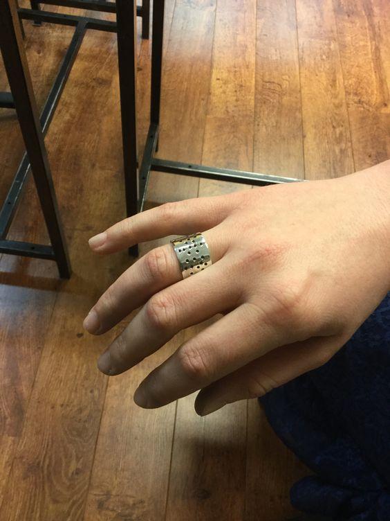 Ring zilver, gemaakt tijdens de workshop zilveren ring maken bij Monique Peters