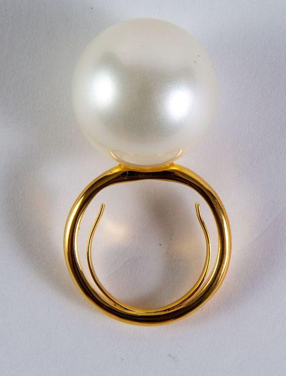 Kenneth Jay Lane 20mm gold/white shell pearl center adjustable ring #KennethJayLane