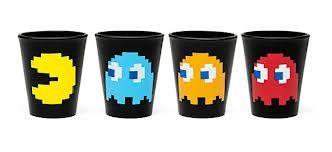 Shots Pac-Man. Party Shots. Tequila Shots. Shots con figuras de Pac-Man. Divertidos vasos tequileros del inolvidable videojuego de Pacman. Set con 4 shots de ceramica.