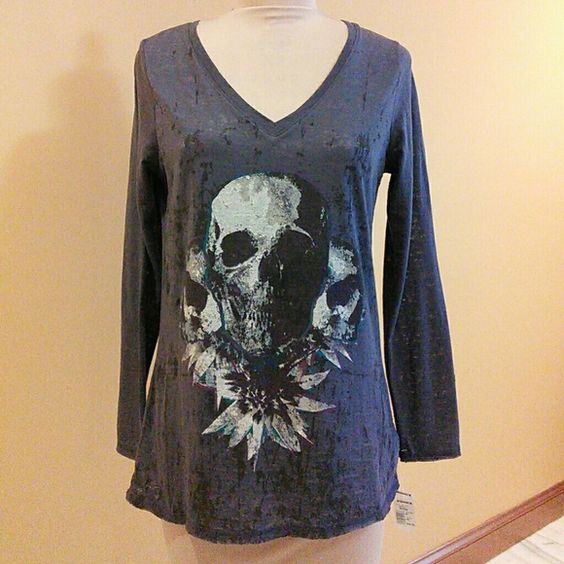 Rock & Republic Burnout Skull Tee V-neck long sleeve purple tee with burnout pattern and an awesome black & white skull image outlined in purple and turquoise for added impact. Sleeves @ 25 inches long and shirt is @ 27 inches long Rock & Republic Tops Tees - Long Sleeve