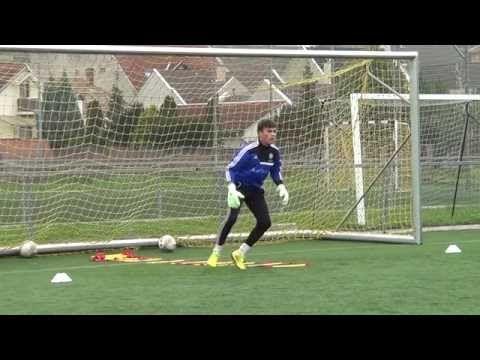 Zvone Pavlovic Golmanski Trening Youtube Goalkeeper Training Soccer Training Drills Soccer Drills
