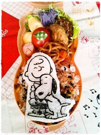 Twitter from @namimocchi スヌーピー&チャーリー・ブラウン #obentoart #kyaraben #snoopy