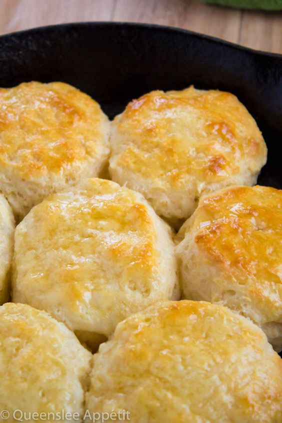 Perfectly Flaky Buttermilk Biscuits