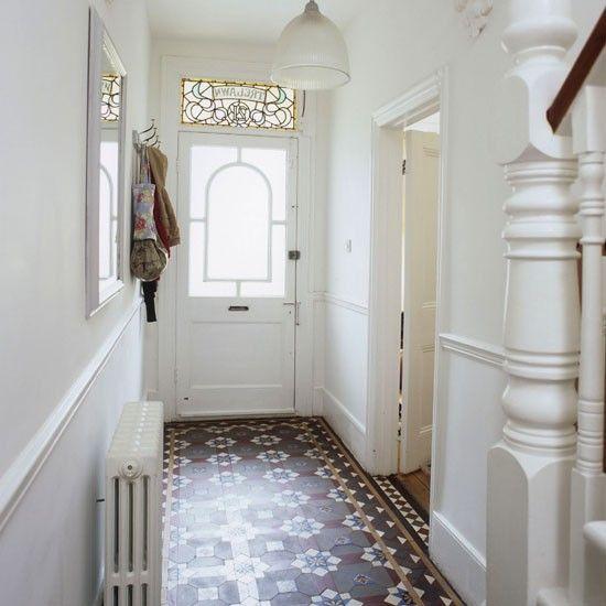 Simple narrow hallway hallway decorating ideas photo for Simple foyer designs