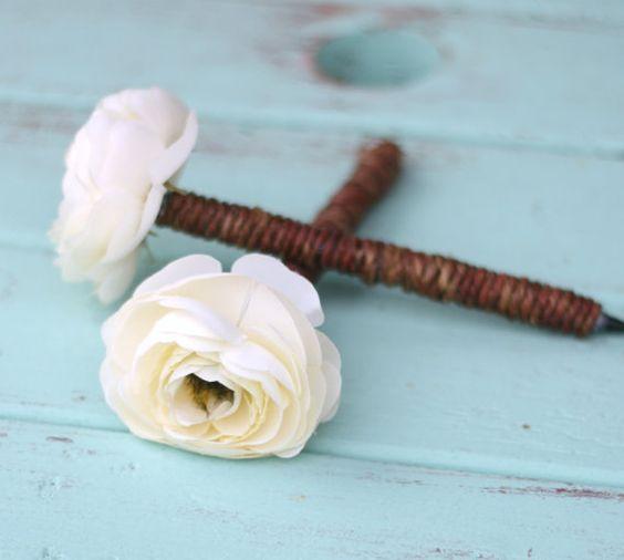 flower pens: Wedding Guest Book, Rustic Pens, Wedding Ideas, Flower Pens, Guestbook Pens, Diy Project, Pretty Flower, Cute Pens
