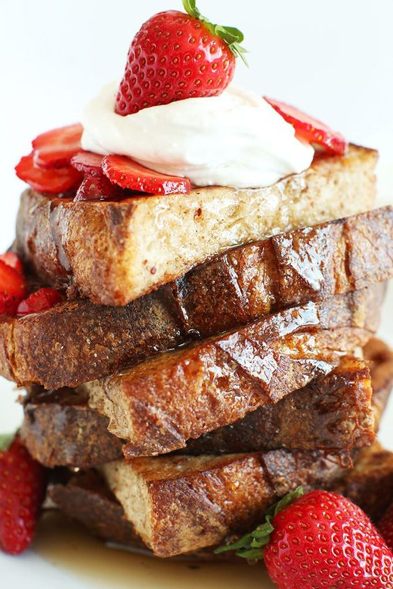 Vegan French Toast! Simple, healthy and surprisingly similar to traditional french toast!
