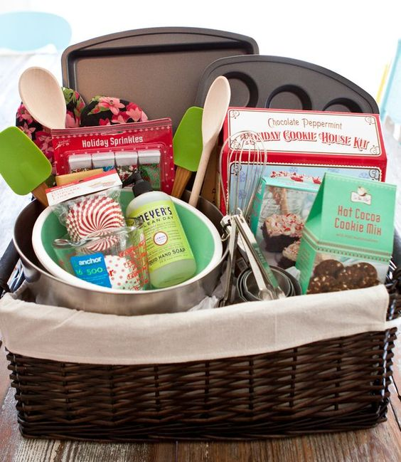 Baking basket great baker lover gift idea g i f t w r Gifts for kitchen lovers