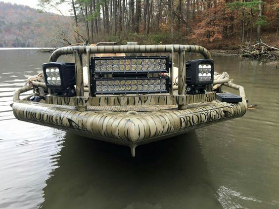 Prodigy Boats Now That S Headlights Waterfowl Hunting