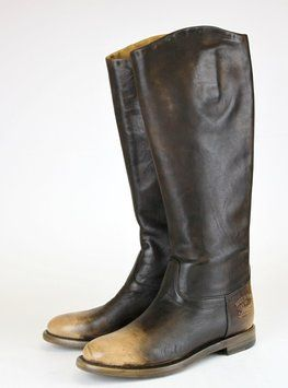 GUCCI Leather W/trademark 40/us 10 284528 New Brown Boots. Get the must-have boots of this season! These GUCCI Leather W/trademark 40/us 10 284528 New Brown Boots are a top 10 member favorite on Tradesy. Save on yours before they're sold out!