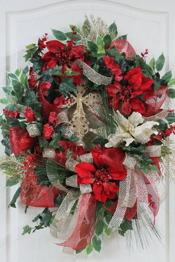 Elegant Christmas Wreath Beautiful Ivory & Red by ...