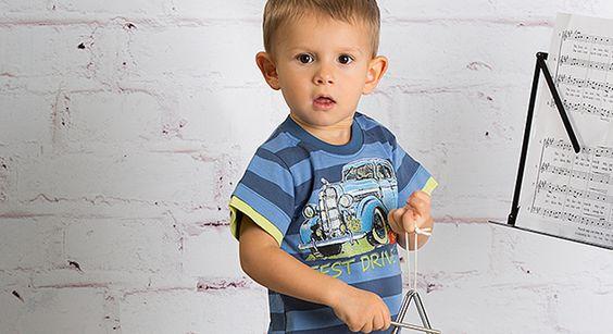 Letnia kolekcja dla chłopców od http://www.mmdadak.com/sklep/ubrania-dla-chlopcow-od-2-do-15-lat. Bawełniane tshirty i spodnie