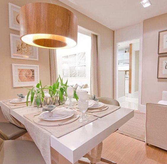 Sala De Jantar Laca Branca ~ Detalhe Mesa Laca Branca + piso laminado de madeira  Sala