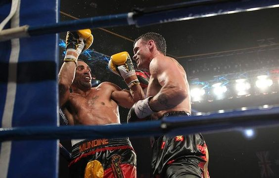 Daniel Geale beats Anthony Mundine to retain IBF Middleweight World Title in Sydney last night. via @theagesport #boxing