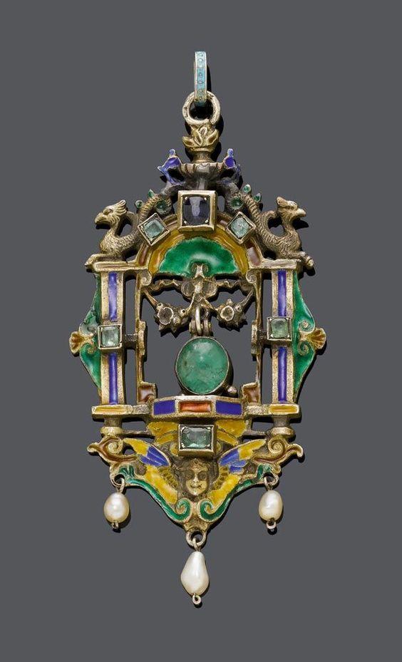 EMAIL-SMARAGD-SAPHIR-ANHÄNGER, Österreich/Ungarn, um 1900. Silber, teilweise vergoldet. Dekorati — Schmuck: Halskette, Collier, Brosche, Ring, Diamant, Gold, Modeschmuck