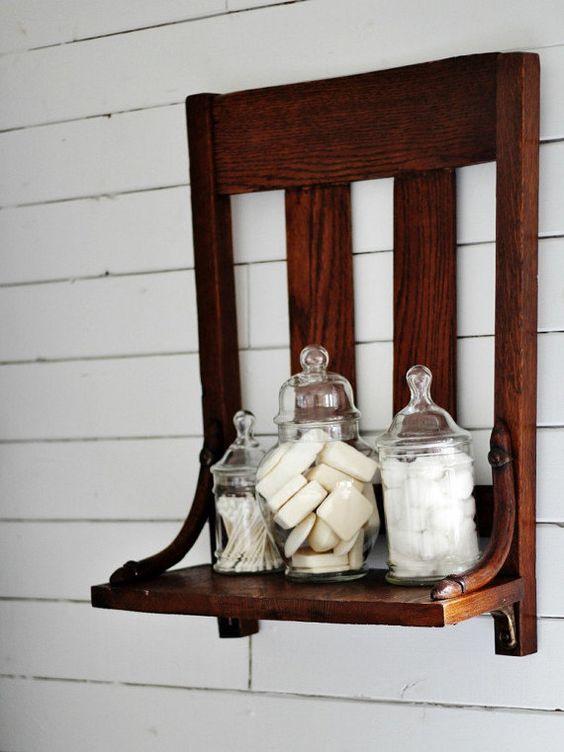 Reutilizar el antiguo estante de la silla repisa por KnickofTime