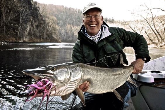 Musky on the fly with blane chocklett blane chocklett for Musky fly fishing