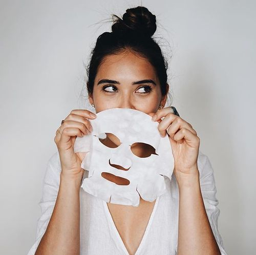 As @the.life.of.laura would say, it's #FaceMaskFriday!! Featuring my favourite sheet mask from @SKII ⠀⠀⠀⠀⠀⠀⠀⠀⠀ ❤️ Double tap if you love face masks⠀⠀⠀⠀⠀⠀⠀⠀⠀ 👇🏼 And comment with your favourite one! | Content shared via skii Inspiration Gallery