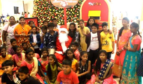 Cnristmas Tree Lighting Ceremony At VR Chennai