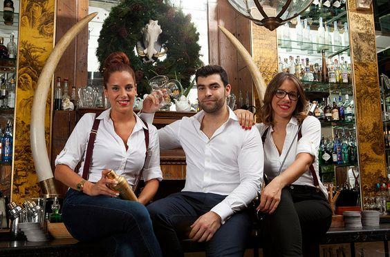 """La Vanguardia acaba de publicar el artículo """"Hat trick coctelero de Boca Chica"""" en el que destaca los galardones obtenidos recientemente por nuestros bartenders de #BocaChica.   #BocaGrande #Barcelona #SavoirVivre   http://www.lavanguardia.com/ocio/20140730/54412615935/hat-trick-coctelero-boca-chica.html"""