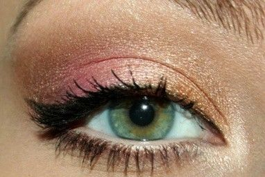 gold/coral/pink eye shadow