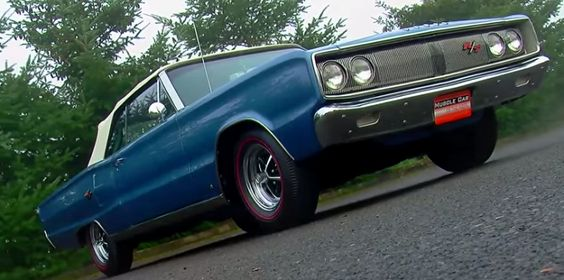 Unique '67 Dodge Coronet RT -----> http://hot-cars.org/2015/05/24/super-sharp-1967-dodge-coronet-rt-440-magnum/