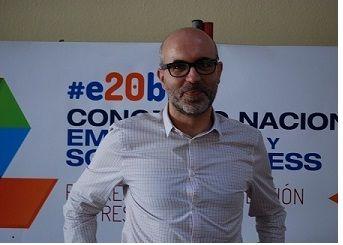 """Juan Liedo: """"Por encima de la tecnología esta la cultura y ligar el proyecto a objetivos de negocios"""" - Foulders #e20biz Sevilla 2013"""