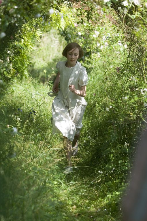 Briony Tallis (Saoirse Ronan) ~ Atonement (2007) ~ Movie Stills