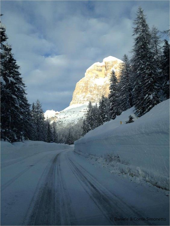 Passo Falzarego - Rifugio Col Gallina  Dolomiti Bellunesi  #Dolomiti4u