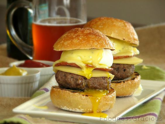 Foodness Gracious: Benedict Burger Sliders....
