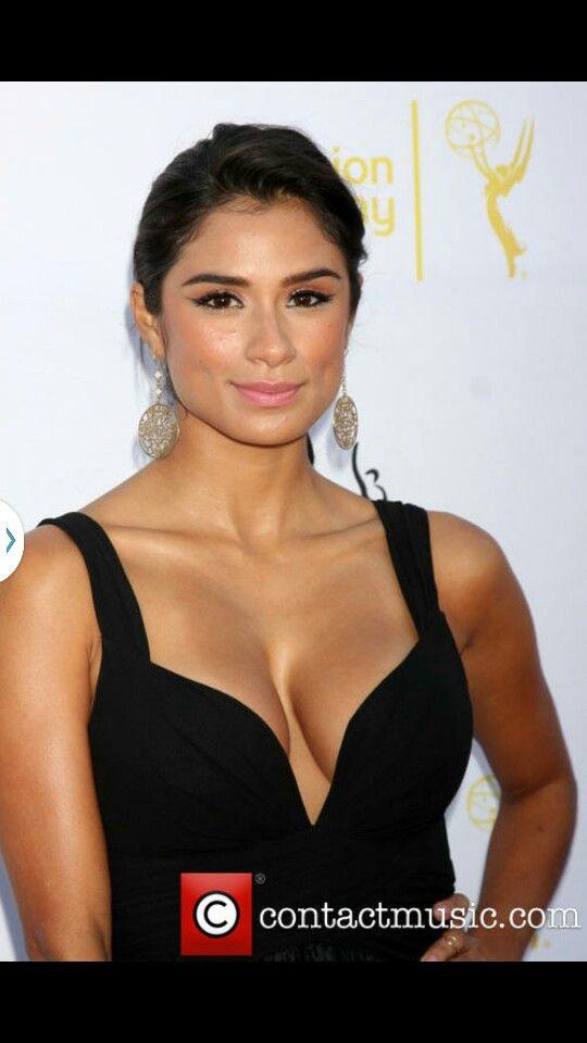 Maritza Ramos Eyeliner