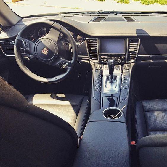 #vagueluxuryrent #vagueautonoleggio #vaguewedding #autonoleggio #auto #matrimonio #nozze #sposi #milano #monza #como #lecco #bergamo #vague #noleggio #rollsroyce #bentley #lamborghini #ferrari #porsche #maserati #limousine #transporter #luxury #rent #car #supercar #top #love #like  VAGUE Autonoleggio è un agenzia specializzata nel settore noleggio auto di lusso per matrimoni cerimonie ed eventi in genere servizi di noleggio con conducente trasferimenti aereoportuali accoglienza ospiti in…