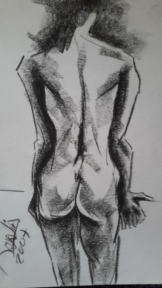 """- - """" Serie Desnudos """" Dibujo en Carboncillo  De Rosalía M. Aba - - Ros Maba"""