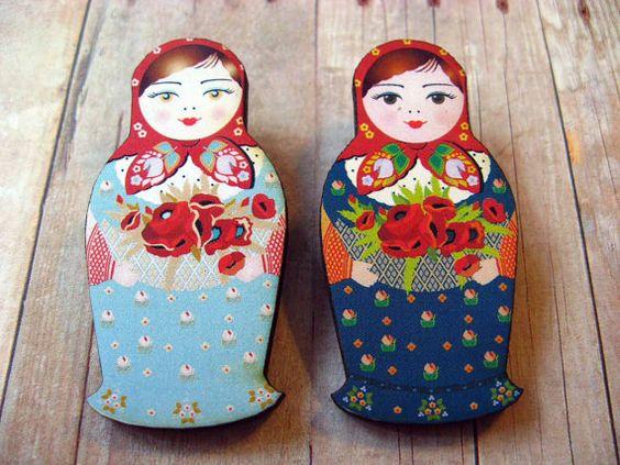 Matryoshka Brooch - ONE Russian Nesting Doll Wooden Pin - Folk Craft - Babushka Grandmother Doll on Etsy, £4.94