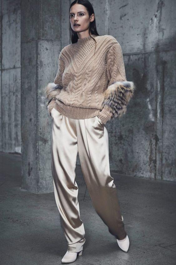 Модные свитера для женщин спицами 2018-2019 от ведущих дизайнеров и брендов: схемы и описания - Портал рукоделия и моды
