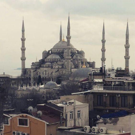 Mesquita Azul.