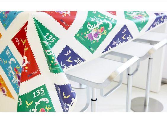 Teflon-TischdeckchenIndividuell bedruckte Tischdecken, Tischhussen, Stehtischhussen, Stuhlhussen oder Stretchhussen erfreuen sich als kreatives Werbemittel immer größerer Beliebtheit.