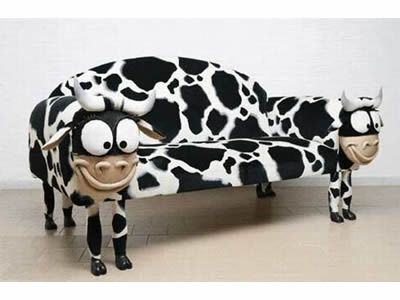 Funny sofa... LOL this is too funny ~!~