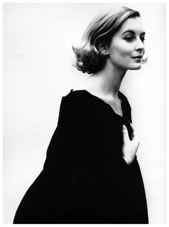 Sandra Douglas Home (née Paul) popular British fashion model, photo by Cecil Beaton,1967