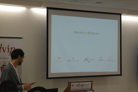 """Alberto Hernández, Export Manager de Masaveu Bodegas, estuvo en Perú haciendo una cata de los vinos """"Pago de Aráiz"""" en Lima."""