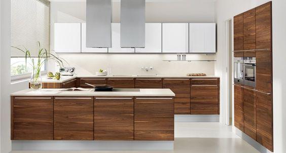 Moderne Kochinsel Aus Stahl Und Corian Fur Offene Funktionale - warme willkommende kuche aus eiche