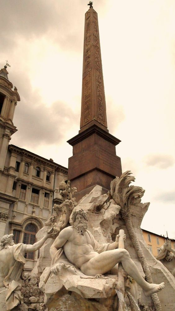 BERNINI FOUNTAIN: The Fontana dei Quattro Fiumi or ...