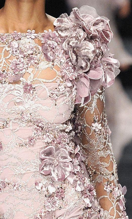 <3<3 pink floral details: