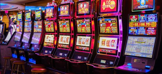 Online slots are slot machines that players can enjoy from the comfort of their home. Additionally, with the rise of mobile devices, most of such online slots are mobile ready as well. Nonetheless, before anyone is able to play online slots, they must complete a few simple steps first. #Slots #slotsgames #slotmachine #realmoney #welcomebonus#nodeposit #realmoney #casino #onlinecasino #freespins